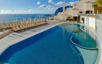 Pool Aerobics, Fresh Fish, and a Casino: 3 Branding Mistakes in Tenerife